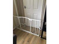 Baby gate. £50 Ono