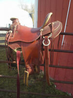 LIGHTWEIGHT WADE SADDLE