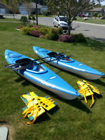 Kayaks/Paddles/Life Jackets