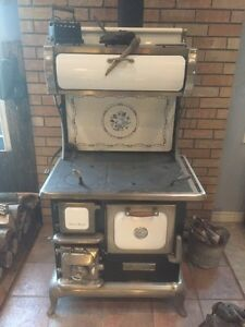 Heartland Sweetheart Wood Burning Stove
