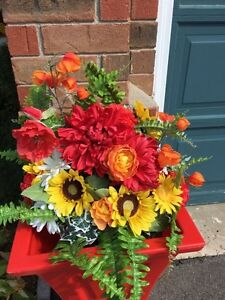 Two beautiful, brand new artificial fall flower arrangements Kitchener / Waterloo Kitchener Area image 1