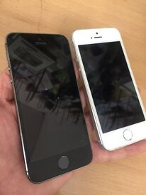 iPhone 5s in silver & space grey 16gb locked to 02 giffgaff & Tesco