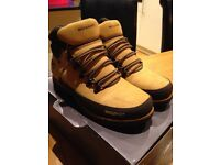 Brand new rockport boot size uk8