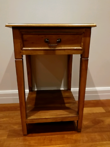 Small brown hallway table Templestowe Lower Manningham Area Preview