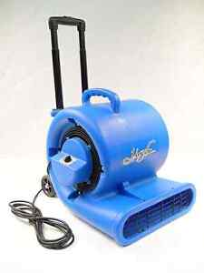 Johnny Vac blower NEW!!! West Island Greater Montréal image 1