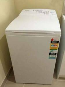 FREE DELIVERY FISHER PAYKEL 5.5KG top loader