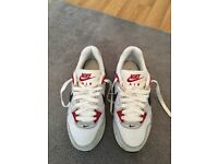 Women's Nike air trainers
