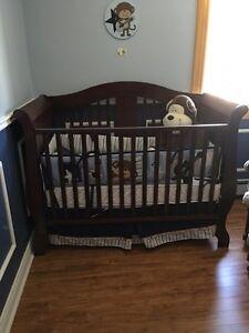 Carter rocking Monkey Crib Bedding