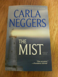 book Carla Neggers The Mist / Sherryl Woods Home in Carolina