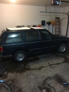 1996 Ford Explorer XL 4x4