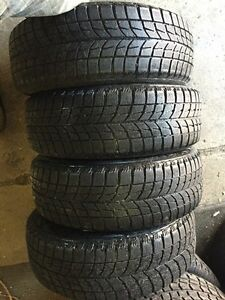 4 winter 195/60/16 Blizzak installation available 80% tread  Kitchener / Waterloo Kitchener Area image 2