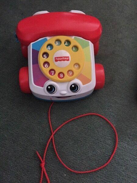 Pull along phone e