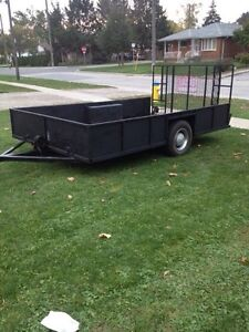 Heavy duty trailer with drive up ramp