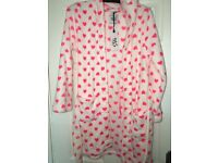 New look girls robe (collection only)