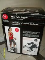 BALLY Total Fitness Mini Twist Stepper W/resistance tubing.(New)