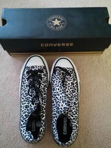 Converse chuck taylor all star sneakers size 5.5 brand new