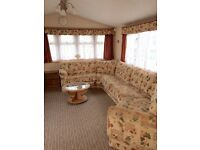 Cheap static caravan, dog friendly, right near the beach ! Amazing condition with decking