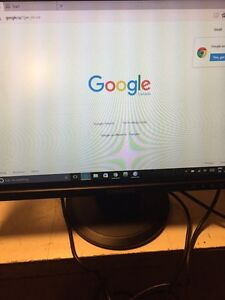 "Samsung 19"" LCD Monitor with cables in great shape!"