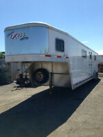 2007 Exiss SS/400 ST 6 Stall Horse Trailer
