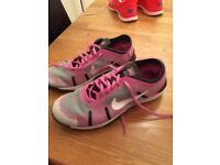 Nike size 7 74.99like new