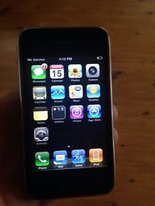 iPhone 3  ,8 Gb    Rogers