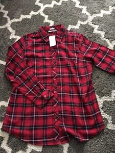 Size large brand new with tags ladies blouse Cornwall Ontario image 1