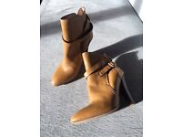 Reiss leather tan boots UK5