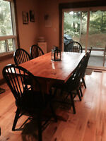 Handcrafted Pine Harvest Table & 6 Chairs $550 OBO