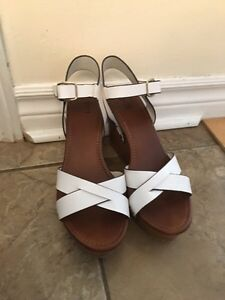 White Wedges perfect condition size 9