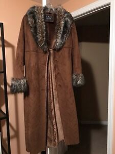 Suede and Fur Elegant Coat - Size S
