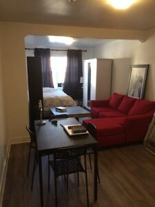 *urgent* Beautiful 21/2  all included in Parc extension   620$