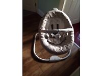 Graco snuggle swing excellent condition