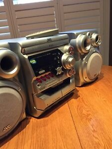 JVC Compact Stereo with 3 CD/Tape/ AM//FM