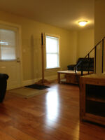 4 Bed house avail May 1 - Furnished & Inclusive