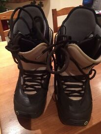 Burton women Moto Snowboard Boots size 38