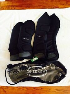 Shedrow Pro shipping boots