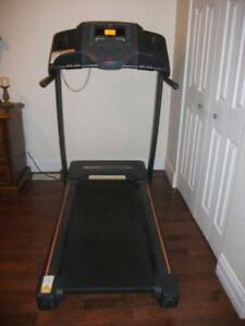 USED GREAT WORKING CONDITION Horizon CT 5.0 Treadmill for sale.
