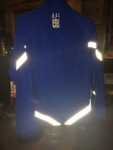 Running/Reflective jacket- New with tags Cambridge Kitchener Area image 4