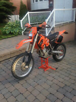 Ktm 450Exc 2003 Enduro. Mise au point viens d'être faite.
