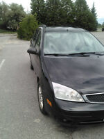 2005 Ford Focus Wagon ZXW SES - FULLY LOADED