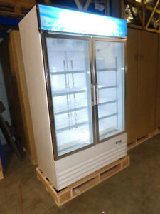 CONGELATEUR COMMERCIAL 2 PORTE - DOUBLE GLASS DOOR FREEZER