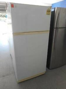 ( MFF 154 ) Second Hand KELVINATOR 500 L Fridge / Freezer Bundall Gold Coast City Preview