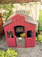 Maison Little Tikes / Little Tikes Town Endless Playhouse
