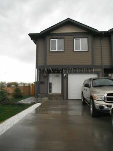 Townhouse for rent in Dawson Creek