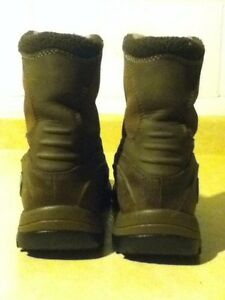 Women's Timberland Waterproof Boots Size 7 London Ontario image 3