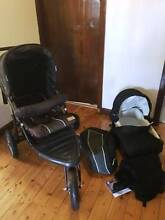 Swallow Beema Q Pram with Bassinette Great Condition Very Easy Hurstville Grove Kogarah Area Preview