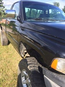 1995 ram heavy half ton lifted  Kawartha Lakes Peterborough Area image 4