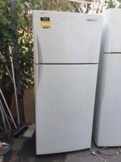 good size / great working 420 liter westinghouse fridge , can del