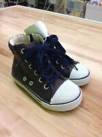 Brand New Old Navy Boys Shoes Size 7