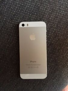 iPhone 5s - mint condition  London Ontario image 2